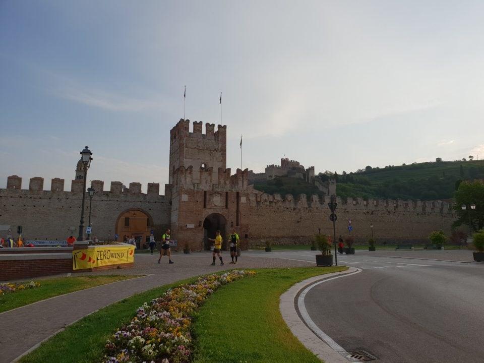 Soave Bolca le mura del Castello